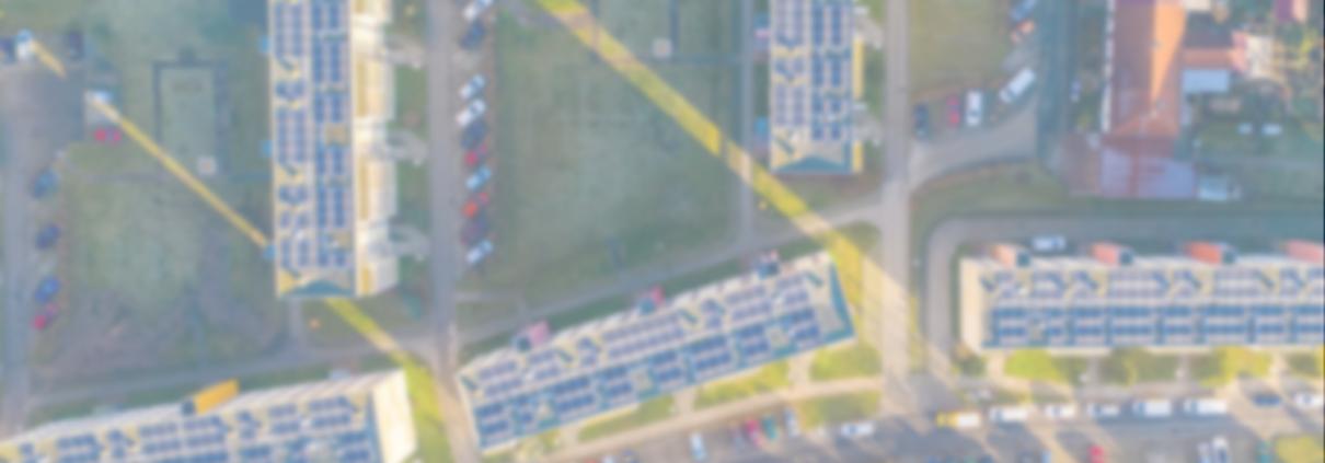 Vogelansicht PV-Anlagen auf mehreren Mietimmobilien